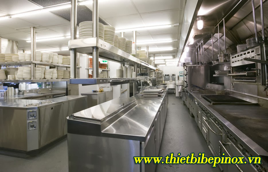 Chọn thiết bị bếp inox công nghiệptheo không gian
